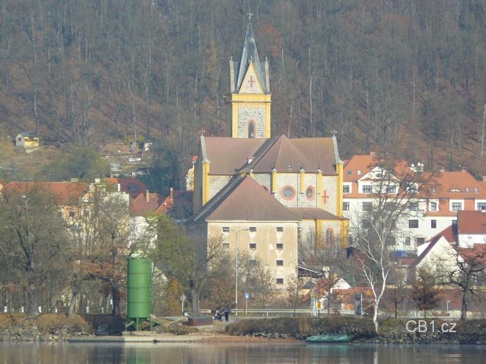 Kostel na Hluboké