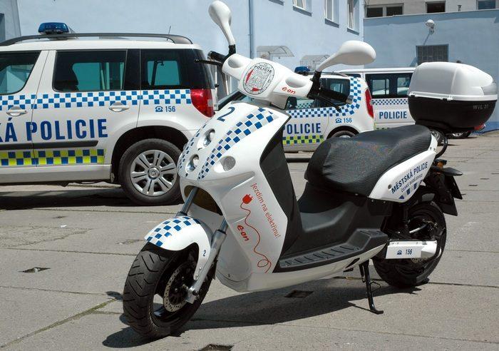 Elektroskútr Městské policie