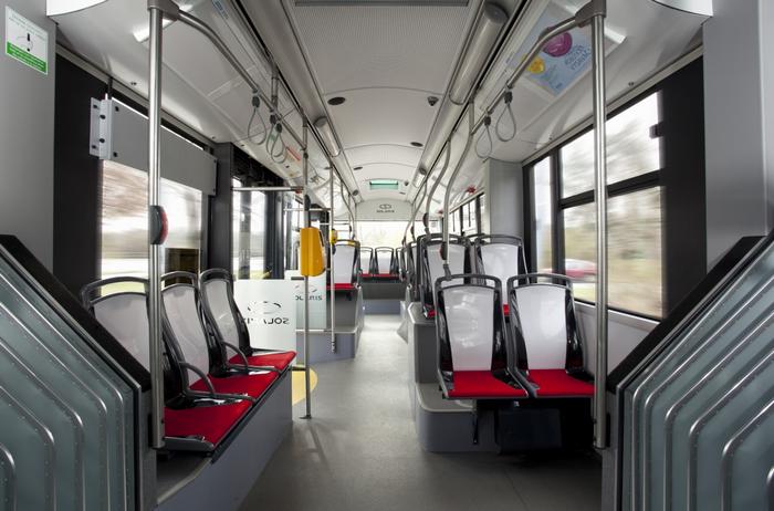 interiér trolejbusu 27 Tr