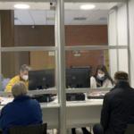 Jindřichohradecké očkovací centrum funguje měsíc. Pomáhají i zaměstnanci městského úřadu